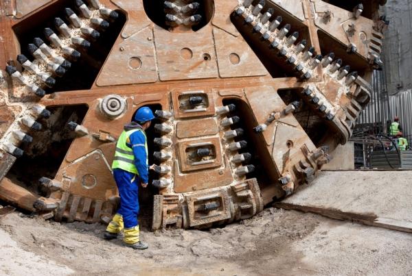 card-tunnel-excavation